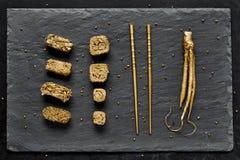 Χρυσό σύνολο σουσιών πολυτέλειας Στοκ Εικόνες
