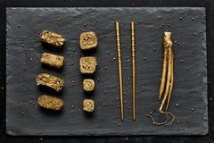 Χρυσό σύνολο σουσιών πολυτέλειας Στοκ εικόνα με δικαίωμα ελεύθερης χρήσης