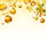Χρυσό υπόβαθρο Χριστουγέννων με τις σφαίρες, τα κουδούνια, τα αστέρια και τα σπινθηρίσματα Διάνυσμα eps-10 Στοκ Εικόνες