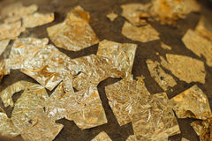 Χρυσό φύλλο αλουμινίου Loknimit συνημμένο Στοκ Εικόνες