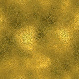 Χρυσό φύλλο αλουμινίου άνευ ραφής και σύσταση υποβάθρου πολυτέλειας Tileable Ακτινοβολώντας ζαρωμένο διακοπές χρυσό υπόβαθρο Στοκ Εικόνες