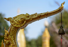 Χρυσό ύφος Ταϊλανδός αστερισμού του Κύκνου Στοκ Φωτογραφία
