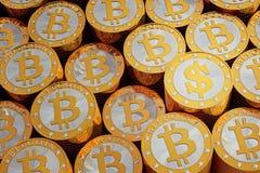 Χρυσό Bitcoins - ένα χρυσό νόμισμα δολαρίων ελεύθερη απεικόνιση δικαιώματος