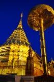 """Χρυσό """"Doi Suthep† παγοδών στοκ φωτογραφία με δικαίωμα ελεύθερης χρήσης"""