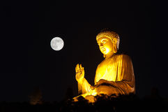 Χρυσό Tian Tan Βούδας Στοκ Φωτογραφίες