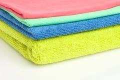 χρωμάτισε πολλή πετσέτα τ&sigm Στοκ φωτογραφία με δικαίωμα ελεύθερης χρήσης