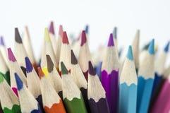 Χρωματίζοντας άκρες μολυβιών Στοκ εικόνα με δικαίωμα ελεύθερης χρήσης