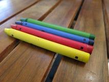 Χρωματίζοντας κραγιόνι στοκ φωτογραφία με δικαίωμα ελεύθερης χρήσης