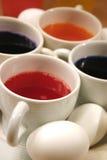 χρωματίζοντας Πάσχα αυγό 03 Στοκ φωτογραφίες με δικαίωμα ελεύθερης χρήσης