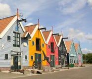 Χρωματισμένα αποθήκες εμπορευμάτων και smokehouse Στοκ φωτογραφία με δικαίωμα ελεύθερης χρήσης