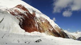 χρωματισμένα βουνά κόκκινο λευκό Pamir Στοκ φωτογραφίες με δικαίωμα ελεύθερης χρήσης