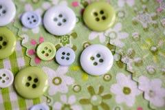 Χρωματισμένα κρητιδογραφία κουμπιά Στοκ Εικόνες