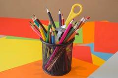 χρωματισμένα μολύβια Χρωματισμένα ξύλο μολύβια σύστασης Στοκ Εικόνα