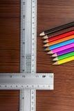 χρωματισμένα μολύβια Στοκ φωτογραφίες με δικαίωμα ελεύθερης χρήσης