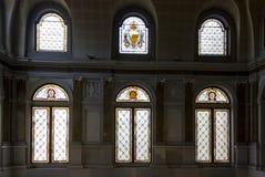 Χρωματισμένα παράθυρα γυαλιού Palazzo Litta στο Μιλάνο, Ιταλία Στοκ εικόνα με δικαίωμα ελεύθερης χρήσης