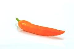 Χρωματισμένα πιπέρια πέρα από το άσπρο υπόβαθρο Στοκ Φωτογραφίες