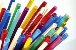 χρωματισμένα πλαστικά άχυρα Στοκ Εικόνα