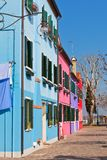 Χρωματισμένα σπίτια Burano Στοκ Φωτογραφία
