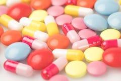 Χρωματισμένα χάπια Στοκ Εικόνες