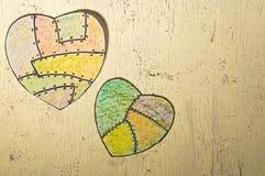Χρωματισμένες καρδιές εγγράφου Στοκ Εικόνες