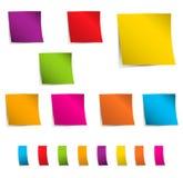 Χρωματισμένες κολλώδεις σημειώσεις Στοκ φωτογραφίες με δικαίωμα ελεύθερης χρήσης