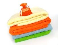 χρωματισμένες πετσέτες στοκ φωτογραφία με δικαίωμα ελεύθερης χρήσης