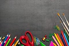 Χρωματισμένες σχολικές προμήθειες Στοκ Φωτογραφία