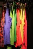 Χρωματισμένες φανέλλες για τις γυναίκες Στοκ Εικόνες