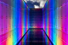 Χρωματισμένη αφηρημένη αρχιτεκτονική τη νύχτα Στοκ Εικόνες