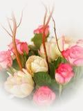 Χρωματισμένη κρητιδογραφία ανθοδέσμη των τριαντάφυλλων και των τουλιπών Στοκ Φωτογραφία