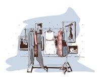 Χρωματισμένη κρητιδογραφία απεικόνιση μόδας με συρμένες τις χέρι κρεμάστρες με τα φορέματα Εσωτερικό με τα παπούτσια Η διανυσματι Στοκ φωτογραφία με δικαίωμα ελεύθερης χρήσης