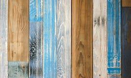 Χρωματισμένη ξύλινη σύσταση παρκέ, ζωηρόχρωμο ξύλινο υπόβαθρο παρκέ στοκ φωτογραφία με δικαίωμα ελεύθερης χρήσης