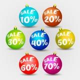 Χρωματισμένη πώληση σφαιρών Χριστουγέννων Στοκ Εικόνα