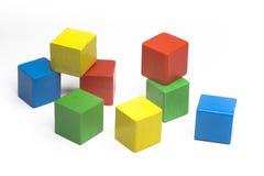 χρωματισμένοι κύβοι τυχαίοι Στοκ φωτογραφία με δικαίωμα ελεύθερης χρήσης