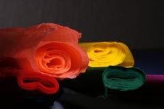 χρωματισμένοι ρόλοι εγγράφου στοκ εικόνες