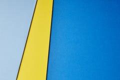 Χρωματισμένος μπλε κίτρινος τόνος υποβάθρου cardboards διάστημα αντιγράφων Στοκ φωτογραφία με δικαίωμα ελεύθερης χρήσης
