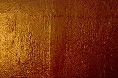 Χρωματισμένος παλαιός τοίχος μετάλλων ανασκόπηση χρυσή Στοκ Εικόνες