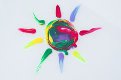 Χρωματισμένος χρωματισμένος ήλιος Στοκ Φωτογραφίες