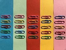 χρωματισμένος paperclips Στοκ φωτογραφίες με δικαίωμα ελεύθερης χρήσης