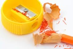 χρωματισμένο ακόνισμα μολυβιών στοκ εικόνα