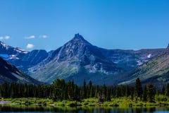 Χρωματισμένο βουνό Teepee Στοκ φωτογραφία με δικαίωμα ελεύθερης χρήσης