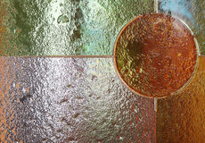 Χρωματισμένο γυαλί διαφανές με τον κύκλο στοκ εικόνα με δικαίωμα ελεύθερης χρήσης