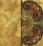 Χρωματισμένο εθνικό γεωμετρικό κοκκώδες χρυσό υπόβαθρο σχεδίων Στοκ Φωτογραφίες