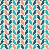 Χρωματισμένο περίληψη σχέδιο με τη σκιαγραφία πουλιών Στοκ εικόνα με δικαίωμα ελεύθερης χρήσης