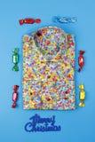 Χρωματισμένο πουκάμισο με το floral πρότυπο Στοκ Φωτογραφία