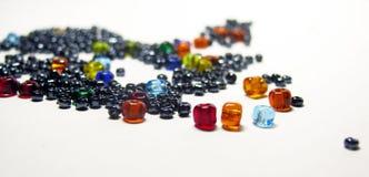 χρωματισμένο χάντρες γυα&lam Στοκ Εικόνα