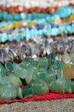 Χρωματισμένο χέρι - γίνοντα κοσμήματα Στοκ Εικόνα