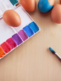 Χρωματισμός αυγών Στοκ φωτογραφίες με δικαίωμα ελεύθερης χρήσης