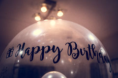Χρόνια πολλά Ballon με την αυτοκόλλητη ετικέττα Στοκ εικόνα με δικαίωμα ελεύθερης χρήσης