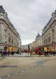 Χρόνος αγορών στην οδό της Οξφόρδης, Λονδίνο Στοκ φωτογραφίες με δικαίωμα ελεύθερης χρήσης